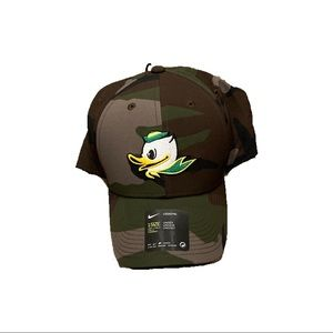 Oregon Ducks Nike Camo Puddles Adjustable Hat Cap